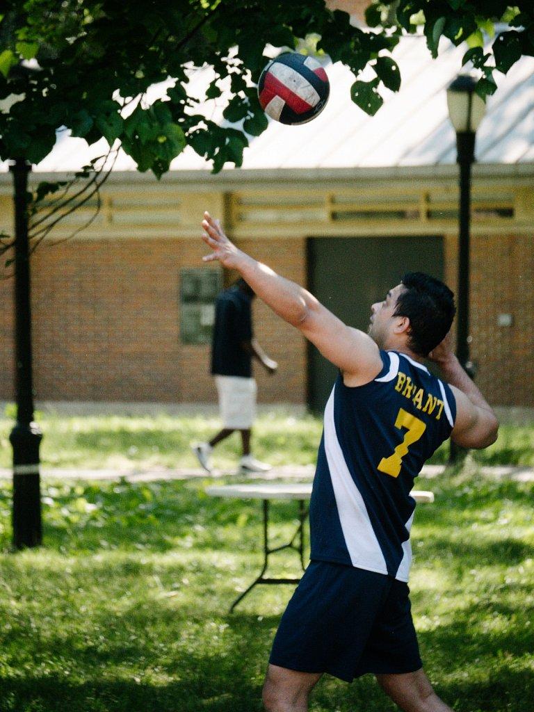 Ridgewood Volleyball in Queensbridge Park